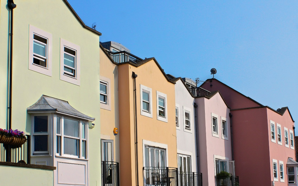 Land Registry and Nationwide agree - UK house prices dipping